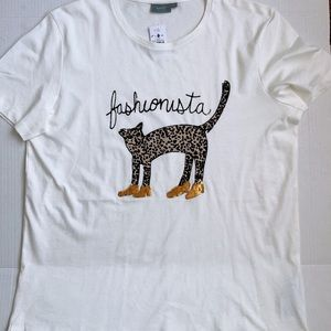 b. young Size L T-shirt Top Fashionista Graphic